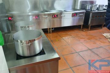 Mẫu bếp điện từ công nghiệp cho năm 2020