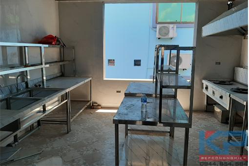 Thiết bị bếp công nghiệp cho trung tâm tiếng anh tại Quảng Ninh